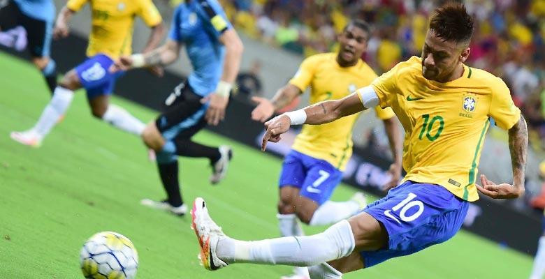 Ngắm giày bóng đá của Ronaldo, Henderson,Neymar